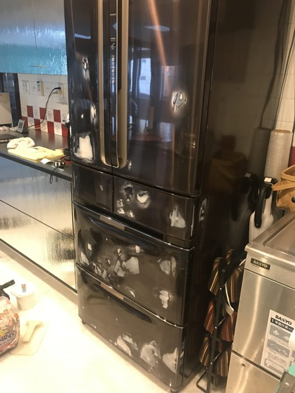 名古屋市 個人宅 冷蔵庫 シート貼り